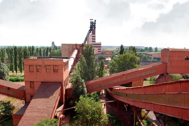 Дробильно-сортувальна фабрика